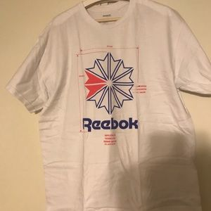 Reebok pink blue vector graphic tee size XL